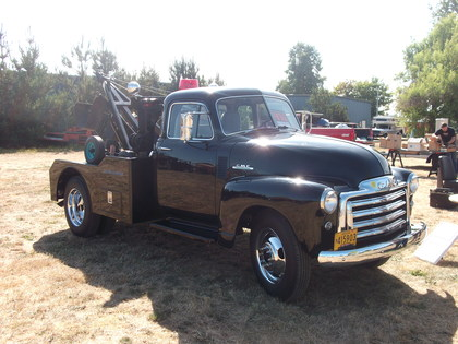 1953 gmc tow truck gmc trucks for sale old trucks antique trucks vintage trucks for sale. Black Bedroom Furniture Sets. Home Design Ideas