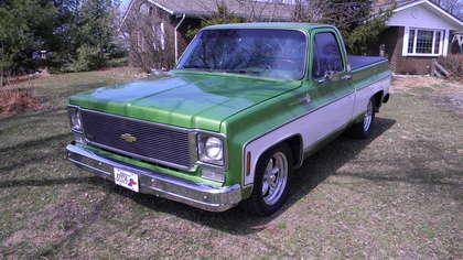 1975 chevy c 10 silverado short bed chevrolet chevy trucks for sale old trucks antique. Black Bedroom Furniture Sets. Home Design Ideas
