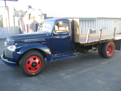 1946 Chevy 1 1 2 Ton Flatbed Chevrolet Chevy Trucks For Sale