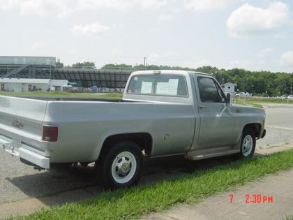 1976 GMC sirerra 2500