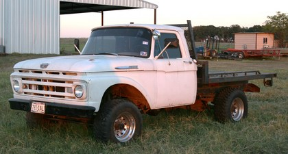 1961 Ford F250 4×4