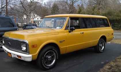 1972 Chevy SUBURBAN C20
