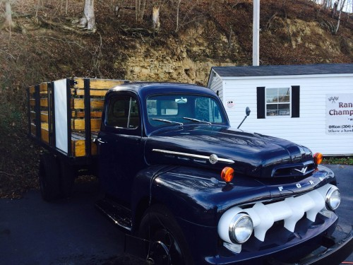 1952 Ford F5